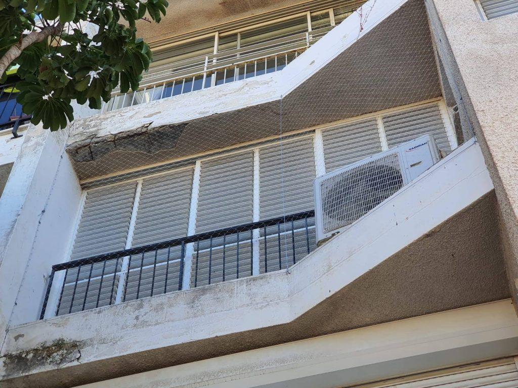 הרחקת יונים מהמרפסת עם רשת ניילון