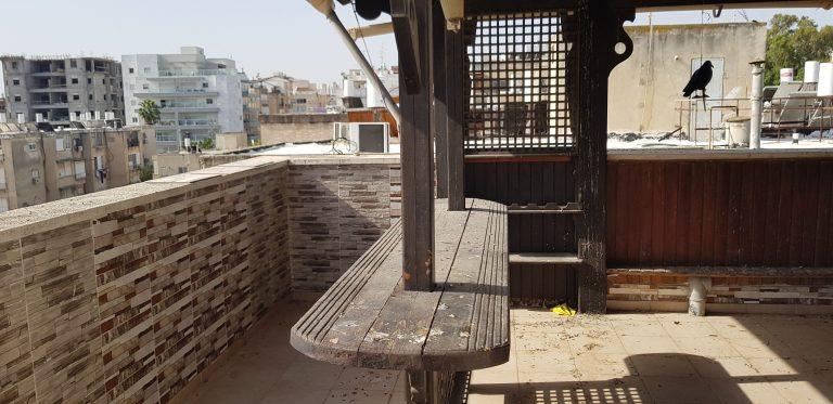 ניקוי מרפסות גג